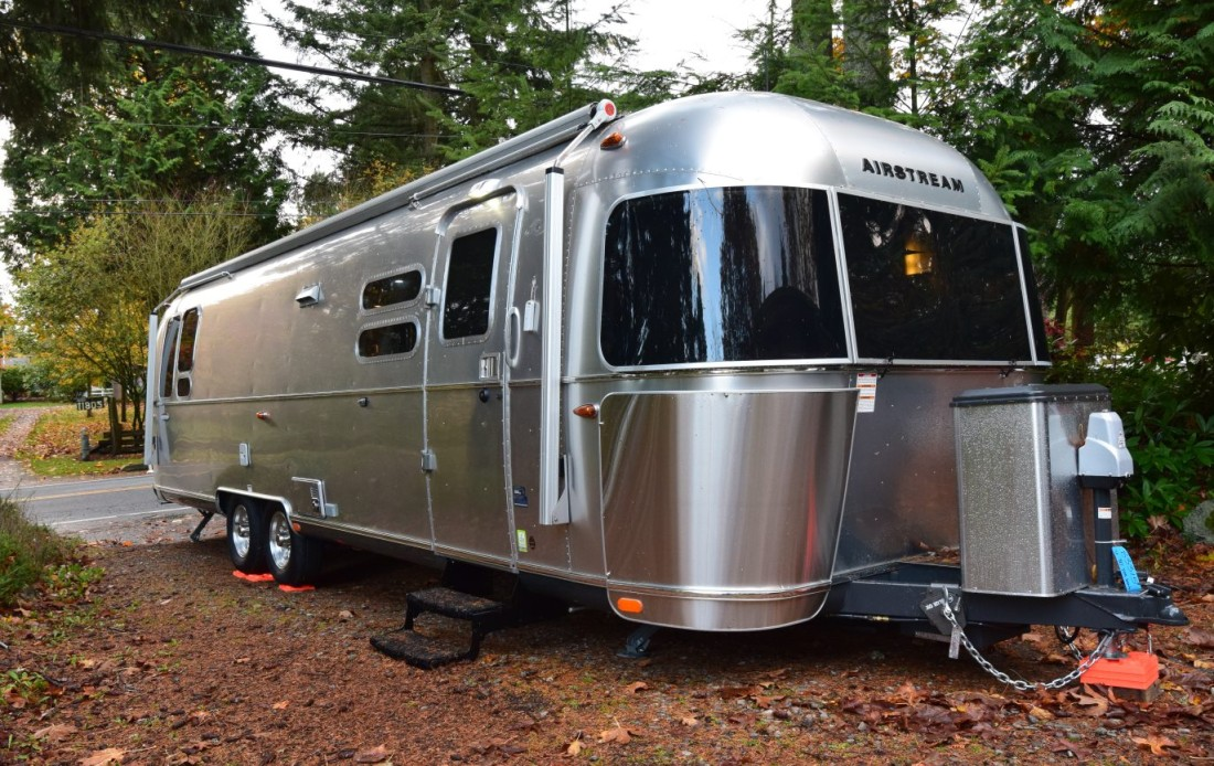 choosing an airstream trailer the adventures of trail hitch. Black Bedroom Furniture Sets. Home Design Ideas