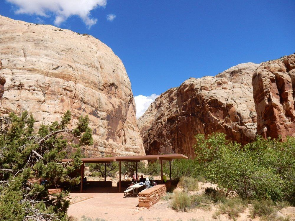 Capitol Gorge Trail Head and shaded resting spot for picnics