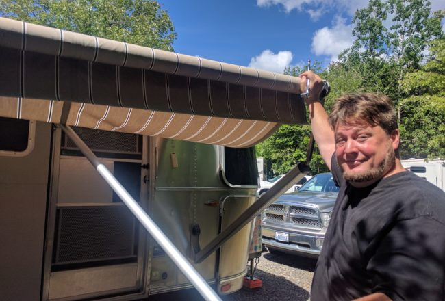 Relax 12v Automatic Zip Dee Awning