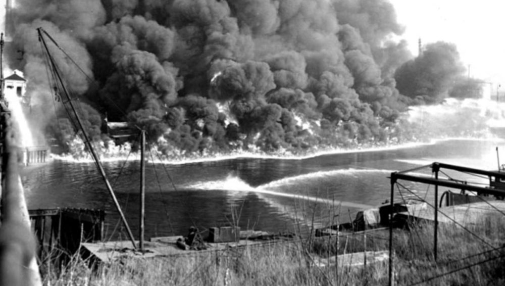 Cuyahoga River Fire 1969 - the oil sludge caught Fire