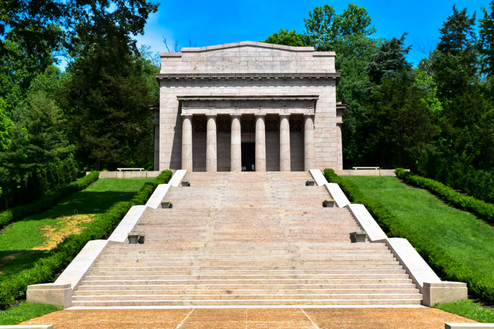 Abraham Lincoln Birthplace Memorial Building - built in 1909 to 1911