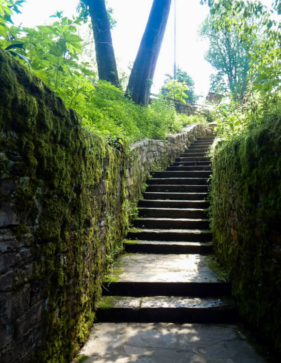 Steps leading up and out of the Sinking Spring